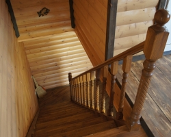 Простая и практичная конструкция лестницы